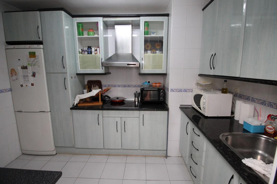 Alquiler de pisos y casas en Velez-Málaga. CASAREAL Inmobiliaria